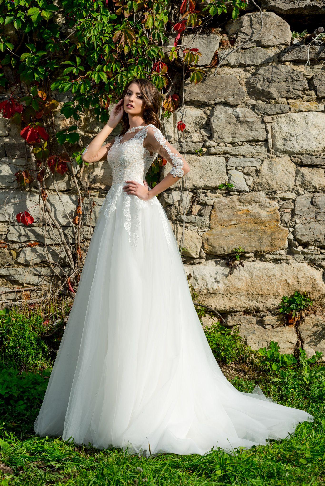 Wedding dress Amira | Limerence Hadassa | A-line, intricate lacework ...