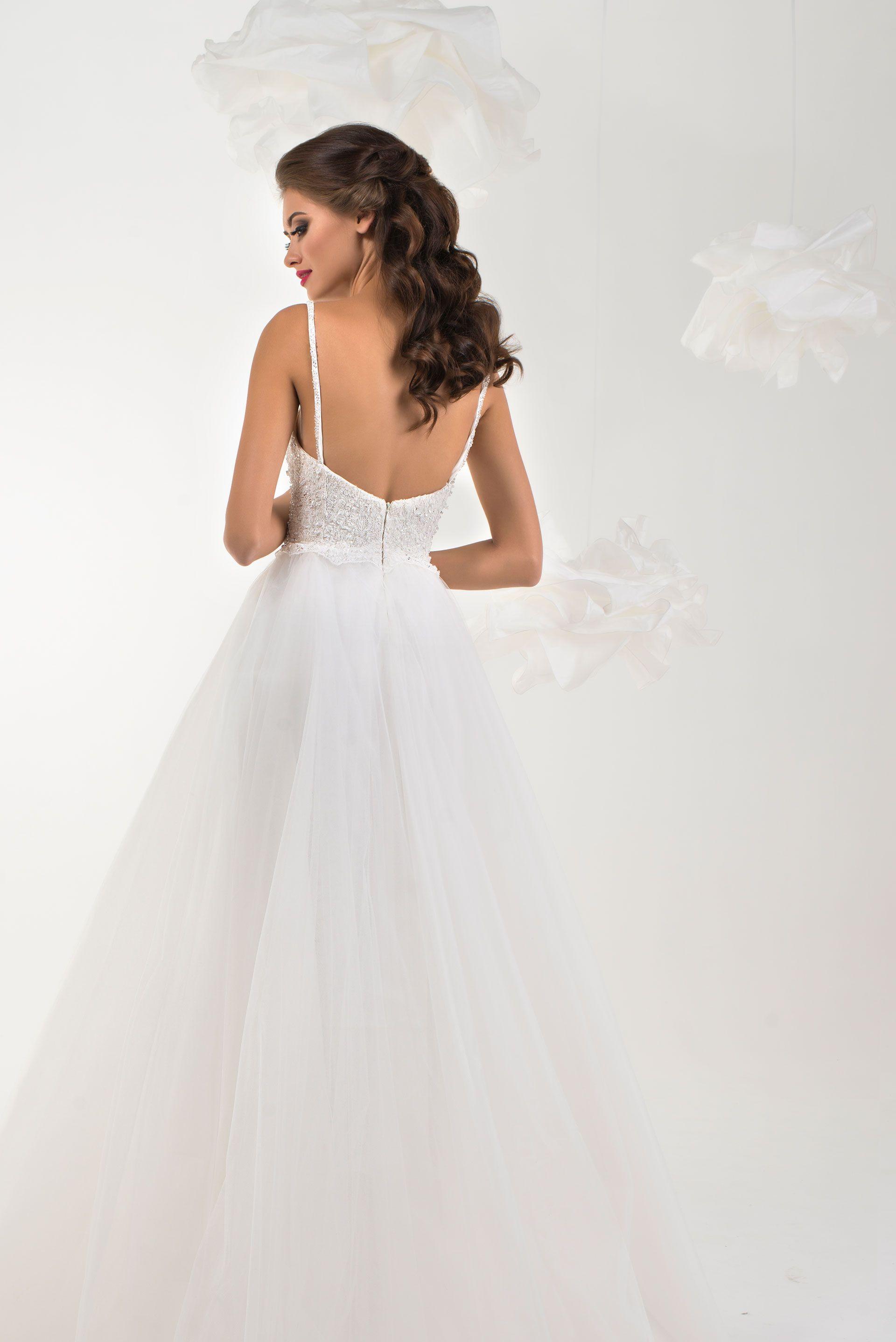 Wedding dress Deli