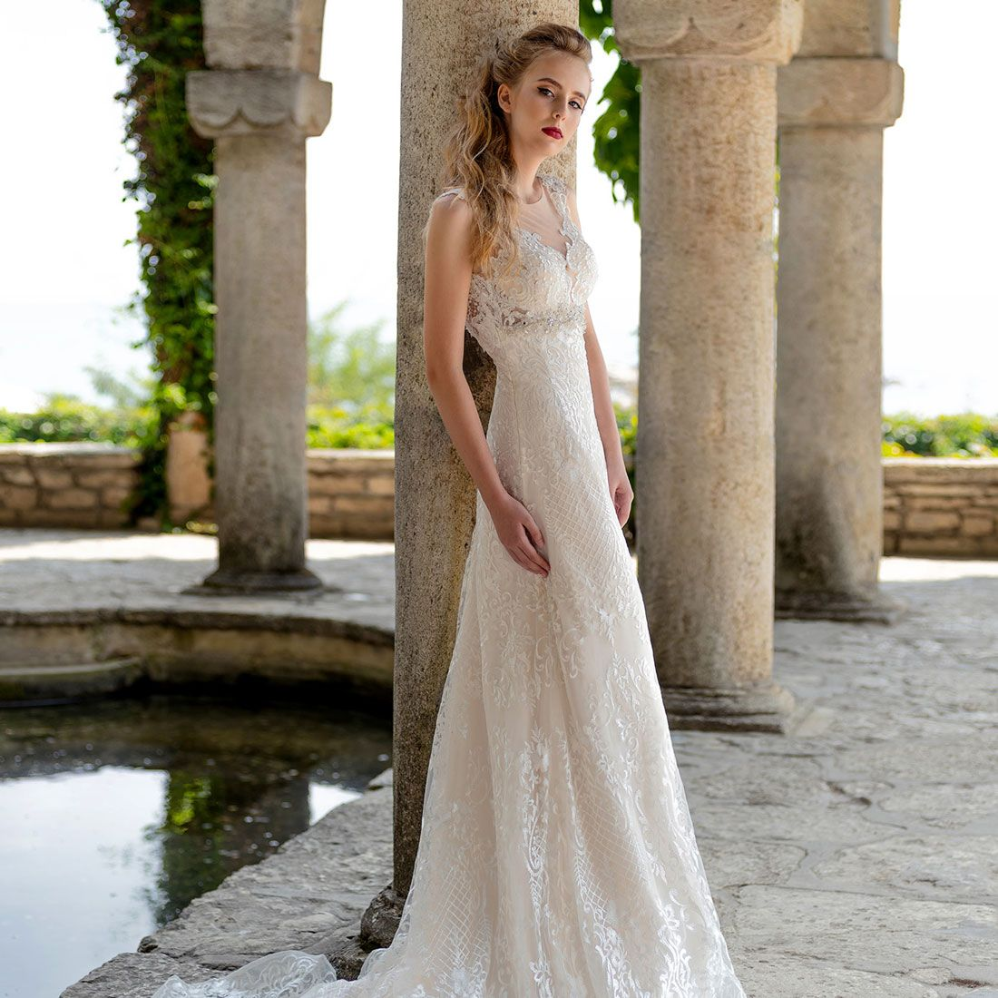 Designer wedding dresses bridal manufacturer hadassa for Designer wedding dresses uk